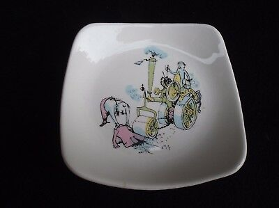 """Vintage """" Emetts """" Wade Pottery Pin Dish """" Chivalry """""""