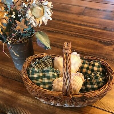 Farmhouse Plaid Ornies Bowl Fillers Rag PrImITive Hearts Hunter Green Tan