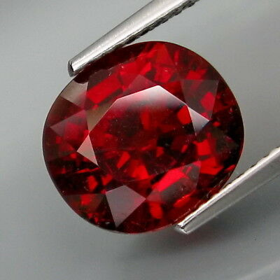 5.93Ct.Outstanding Color! Natural Red Spessartite Garnet Africa Good Cutting!