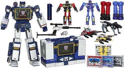 Transformers Masterpiece Soundwave & Cassette Tapes NEW