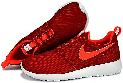 Girls Youth Nike Rosherun (GS) Size 7 7Y Gym Athletic Running Tennis Shoes Red