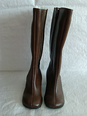 infants retro vintage boots from 1960s 1970s era fur lined in brown size 9