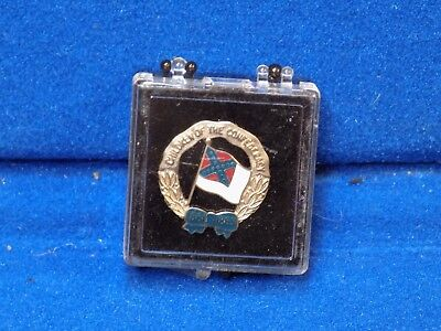 Silver Children of the Confederacy United Daughters UDC pin CofC CSA Membership