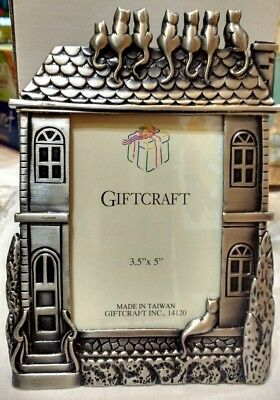 """Vintage Giftcraft Pewter Cat's on a Roof 3.5 x 5"""" Photo Frame Nib"""