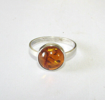 Vintage solid silver ring size P 1/2