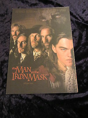 MAN IN THE IRON MASK british fold out synopsis/press book LEONARDO DICAPRIO