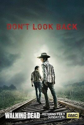 The Walking Dead poster print : Don't Look Back : 11 x 17 inches