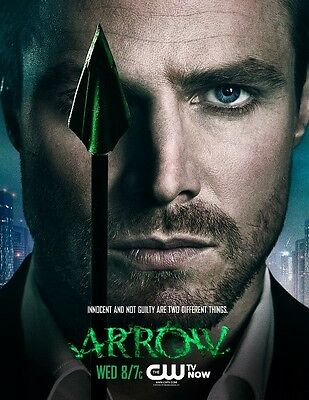 Arrow poster print - Stephen Amell poster - 13 x 17 inches