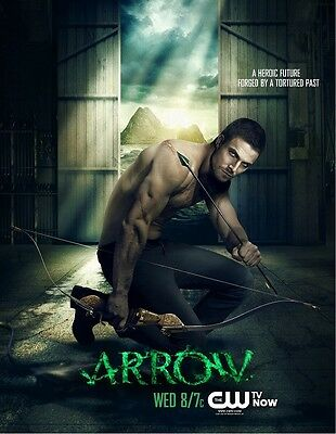 Arrow poster print - Stephen Amell poster (b) 13 x 17 inches
