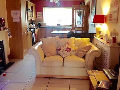 Romantic Getaway in a Cosy Cottage in West Wales With a Private Hot Tub!
