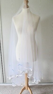 Vintage white bridal veil with blue bow and pearl detail
