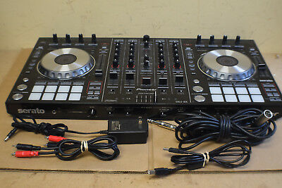 Pioneer Serato DDJ-SX DJ Controller w/ Cords Very Nice Free Shipping! No Reserve