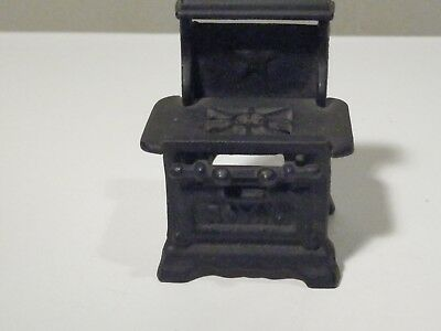 Vintage Royal Miniature Cast Iron Stove Very Nice
