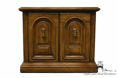 THOMASVILLE Principality Collection Cabinet Nightstand 13311-820