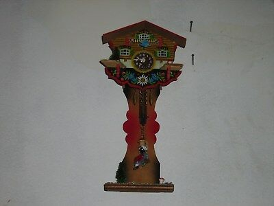 Vintage Schwarzwald Handmade Cuckoo Clock Swinging lady, with key, Germany