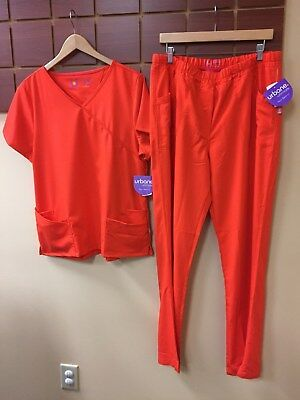 NEW Urbane Ultimate Blaze Solid Scrubs Set With Large Top & Large Tall Pants NWT