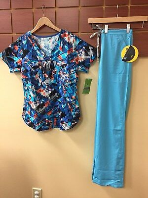 NEW Turquoise Print Scrubs Set With BIO Small Top & Wink HP Small Tall Pants NWT