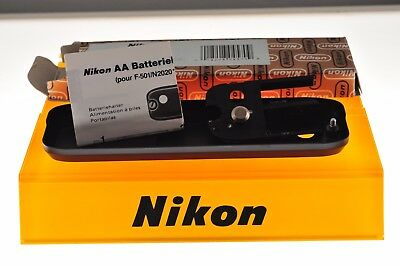 Nikon MB-3 AA battery holder for Nikon F301/F501. EXC+ boxed condition