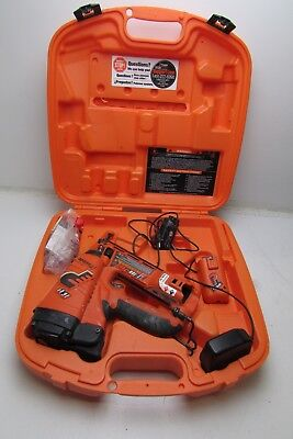 Paslode IM250A Li angled finish nailer in case great condition