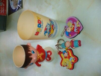 Small Selection Of Five Noddy Collectables 3 Keyrings, A Beaker And An Egg Cup.