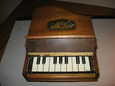 Antique Circa 1920 Child's Toy Grand Piano Wonderful Oak Case Works Great