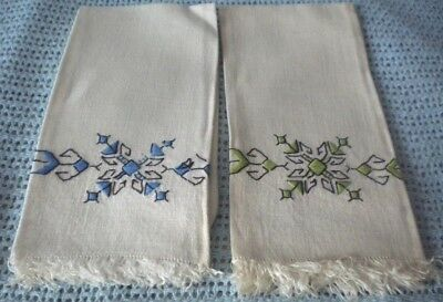 Pr vintage white linen guest towels w blue & green hand embroidery design