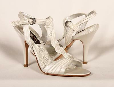 AUTHENTIC Badgley Mischka Dahlia White Bridal Shoes RETURN POLICY
