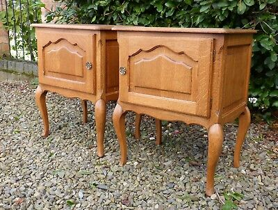 Super Matching Pair of Vintage French Oak Louis XIV Rococo Bedside Cabinets