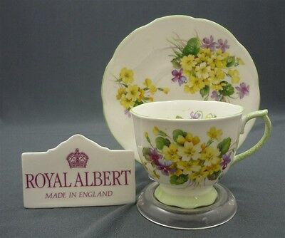 Royal Albert England PRIMULETTE Yellow Flowers Bone China Tea Cup & Saucer Set