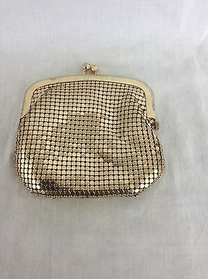 Vintage Whiting And Davis Gold Mesh Coin Purse Kiss Lock Made In Usa