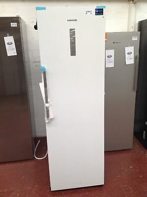 *Samsung RR7000M RR39M7140WW Fridge - White #118951