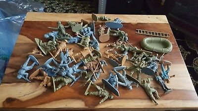 Matchbox 1 32 WW2 toy soldiers.