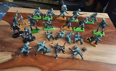 Britains deetail german infantry.