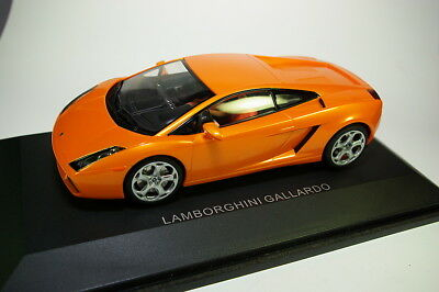 AUTOart Lamborghini Gallardo orange, M 1:24, neu in ovp