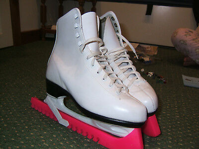 ACRO Womens Ice Figure Skates, UK Size 4, Euro 37, With Guards, Excellent Cond.