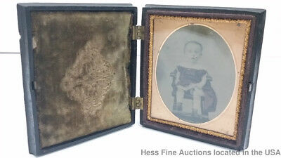 Antique Cute Child Daguerreotype Sixth Plate Gutta Percha Case Old Windsor Chair