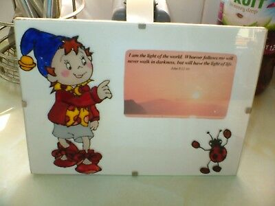 GLASS PICTURE OF NODDY AND A LADYBIRD ITS GLASS ON GLASS WITH QUOTATION john8;12