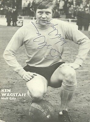 Ken Wagstaff - Hull City - Signed Original Magazine Picture [A4]