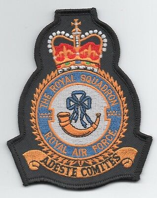 Royal Air Force 32 Sqn (the Royal Squadron) crest patch