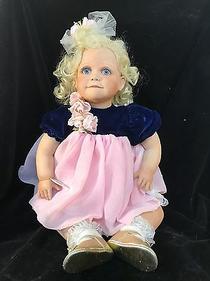 Virginia E Turner Dolls 226/300 3-27-2000 LIMITED EDITION
