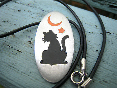 Vintage black witches cat moon necklace JJ signed unusual spooky Halloween
