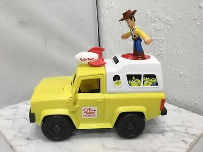 Imaginext Pixar TOY STORY Pizza Planet TRUCK w/ WOODY & Shooting Pizzas