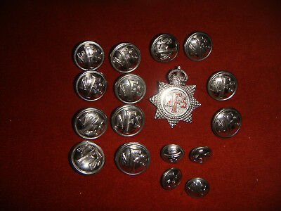 Vintage WW2 National Fire Service Set Of Buttons & Badge