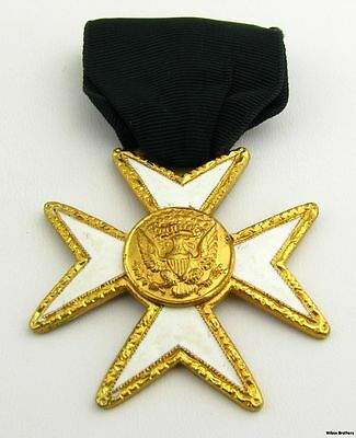 KNIGHT OF MALTA - York Rite Cross Crest Vintage Masonic Member