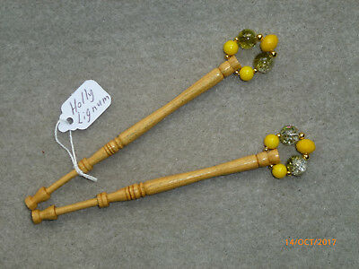 LACEMAKING LACE BOBBINS PAIR HOLLY LIGNUM - one of the hardest woods