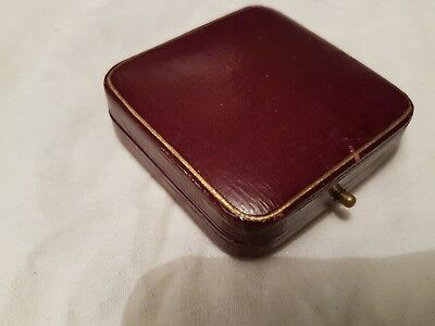 Vintage Red Leather Brooch Or Pendant Box