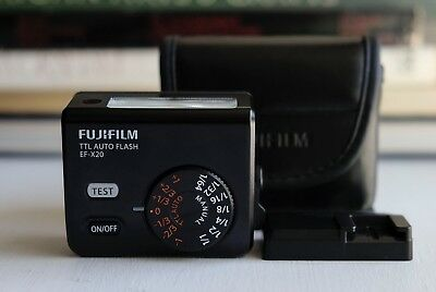 Fujifilm EF-X20 Shoe Mount TTL Flash for Fujifilm Fuji X Cameras