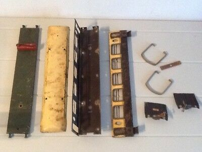 Vintage No2 Timber Wagon And Pullman Coach Lot
