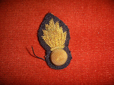 Vintage WW2 Royal Engineers Bullion Collar Badge