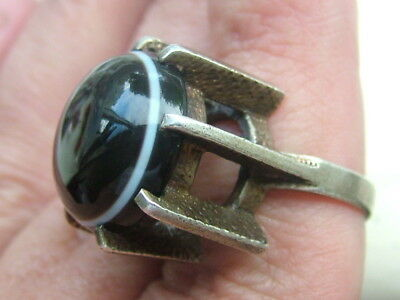 Silver Retro Modernist Banded Agate Ring